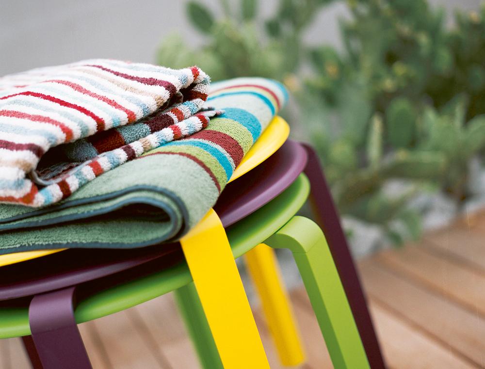 alize-odkladaci-stolek
