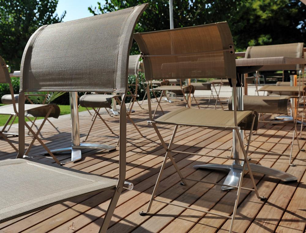 fermob-dune-kovova-skladaci-zidle-premium